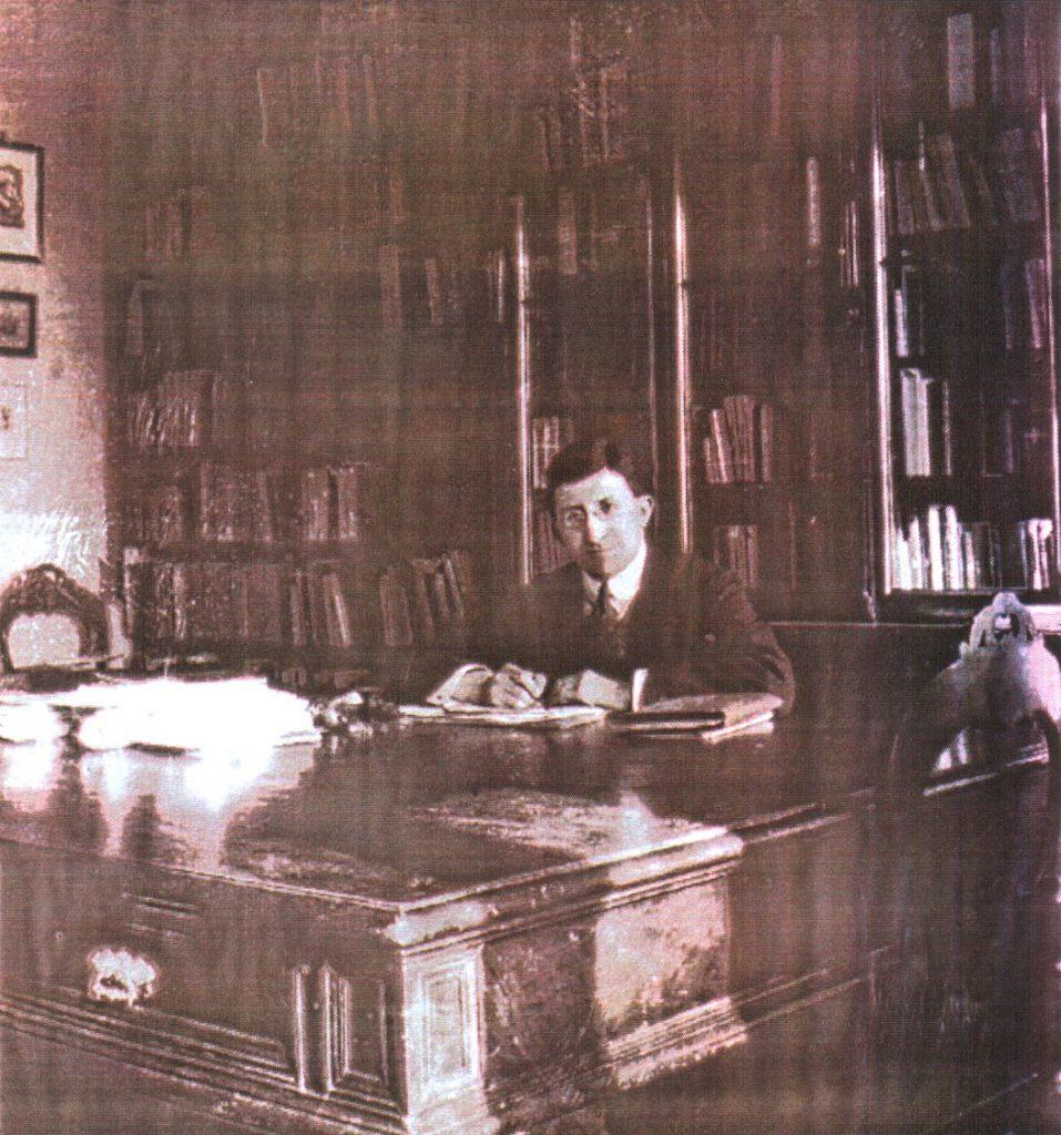 """1. Wacław Olszewicz w latach dwudziestych XX w. (fot.: z artykułu A. Czecha: Wacław Olszewicz? . """"Forum?"""", s. 16, 19)."""