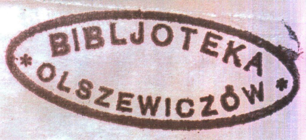 """2. Pieczątka własnościowa księgozbioru Olszewiczów. Zbiory Biblioteki Śląskiej w Katowicach.  (fot.: z artykułu A. Czecha: Wacław Olszewicz? . """"Forum?"""", s. 16, 19)."""